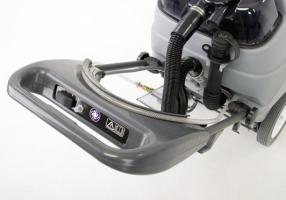 Nilfisk Lavamoquette a rullo AX 410